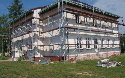 Trwają prace remontowe na budynku byłej Szkoły Podstawowej w Wysocku