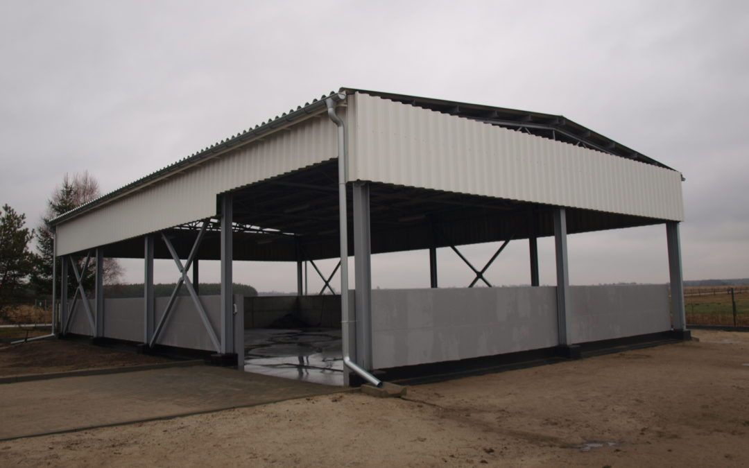 Pokrycie dachu wiaty przy oczyszczalni ścieków w Laszkach