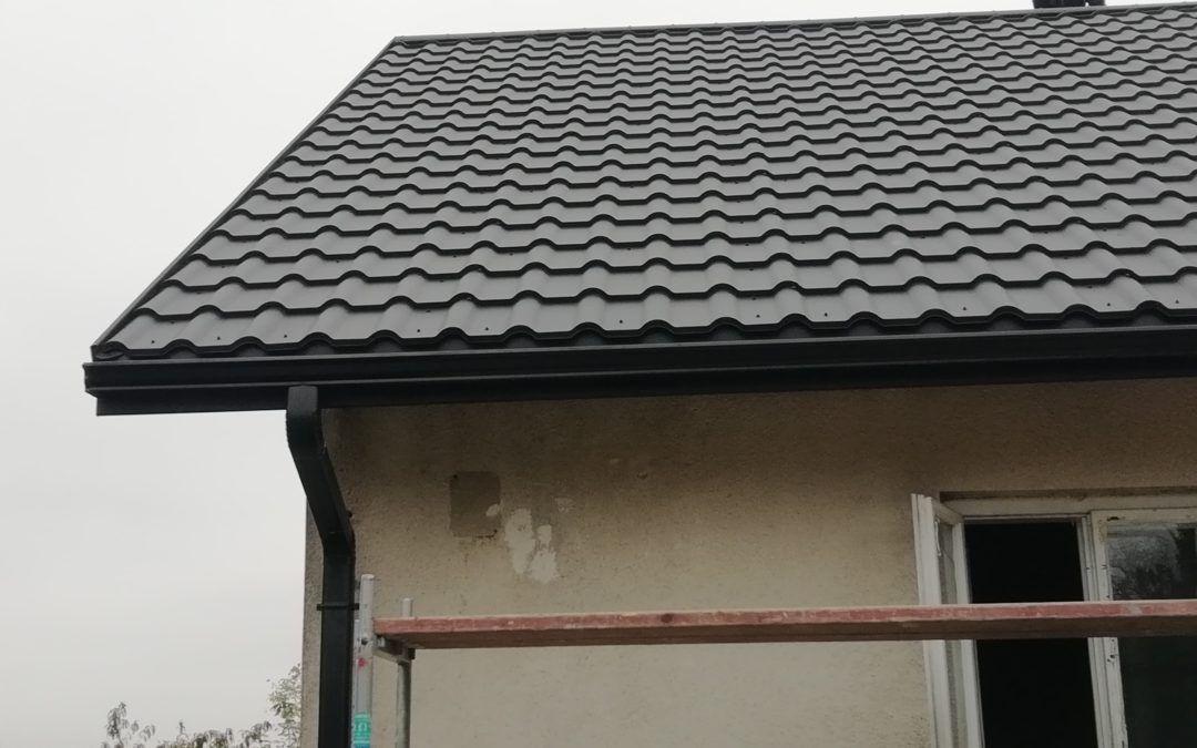 Wymiana pokrycia dachowego i konstrukcji drewnianej w Makowisku